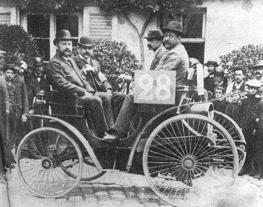 Il y a 120 ans : la première course auto de l'histoire