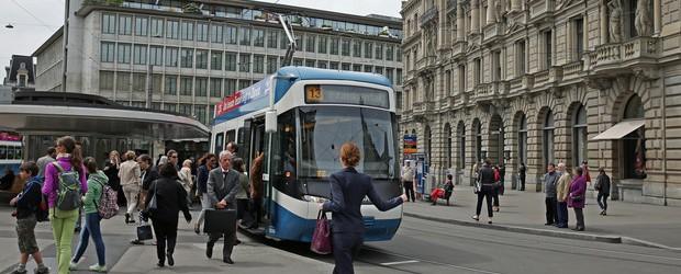 Les tramways sont inefficaces mais séduisent les hommes politiques. Voici pourquoi.