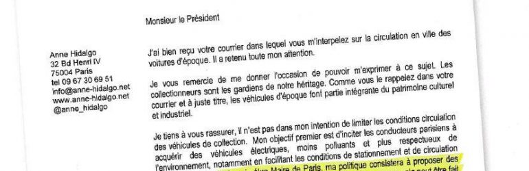 Anne Hidalgo en campagne (2014) : Les véhicules d'époque ont toute leur place à Paris