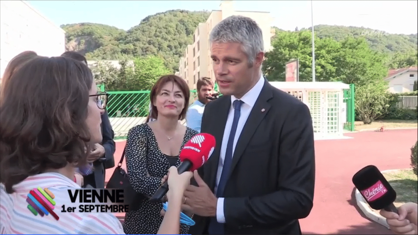 laurent wauquiez pris en exc s de vitesse de plus de 40 km. Black Bedroom Furniture Sets. Home Design Ideas