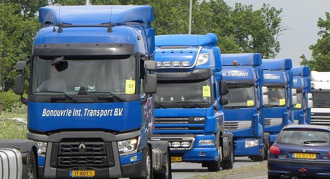 Entente des constructeurs de poids-lourds sur les prix : un dédommagement 2 milliards d'euros pour les entreprises de logistiques ?
