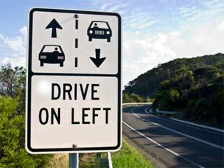 Autoriser la conduite à gauche à Calais, Xavier Bertrand l'envisage