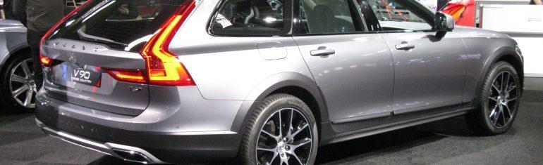 Volvo fournira 24.000 voitures à Uber pour sa flotte de taxis autonomes