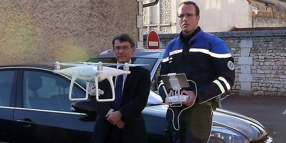 Drones : la priorité est de sanctionner ceux qui ne marquent pas l'arrêt au stop