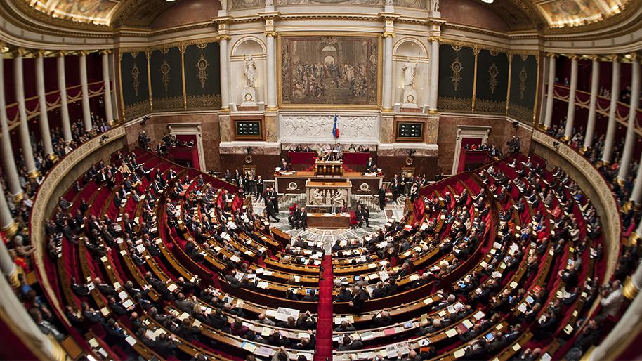 Taxe sur le poids des véhicules : l'amendement qui taxera les véhicules électriques et freinera la mobilité des Français