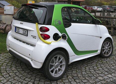 La promotion de la voiture électrique est-elle (trop) favorable à la Chine ?