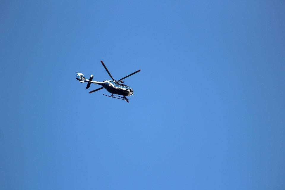 Sur l'hélicoptère de la gendarmerie, une caméra embarquée pour scruter les routes de Seine-et-Marne