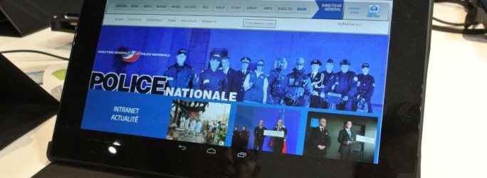 Avec la tablette NEO, les policiers auront accès instantanément aux fichiers des automobilistes