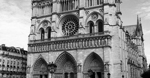 Paris a perdu 1,6 millions de touristes, soit un manque à gagner de 2,2 milliards d'euros