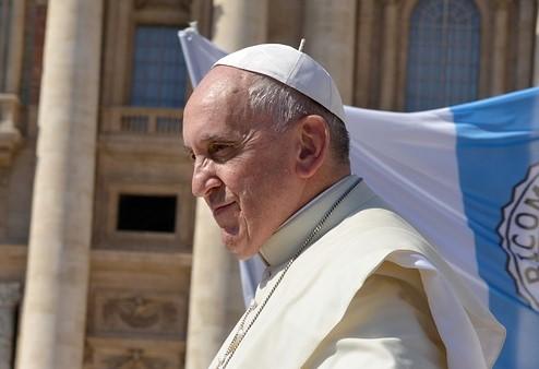 Le pape François demande aux forces de l'ordre de l'indulgence avec les automobilistes