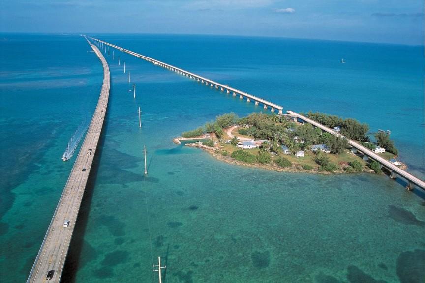 Les 10 autoroutes les plus stupéfiantes au monde