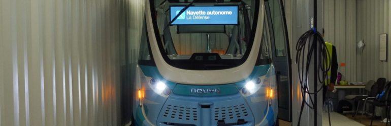 A bord des navettes autonomes Navya Arma de Keolis (SNCF) à la défense