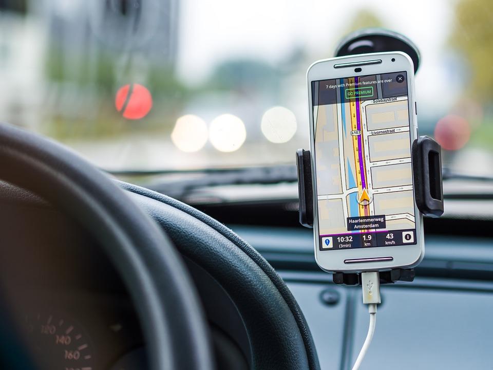 SONDAGE – Municipales : les Français veulent plus de place pour la voiture surtout dans les grandes villes