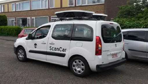 Sur le «modèle» français, Bruxelles introduit des voitures qui scanneront les véhicules stationnés