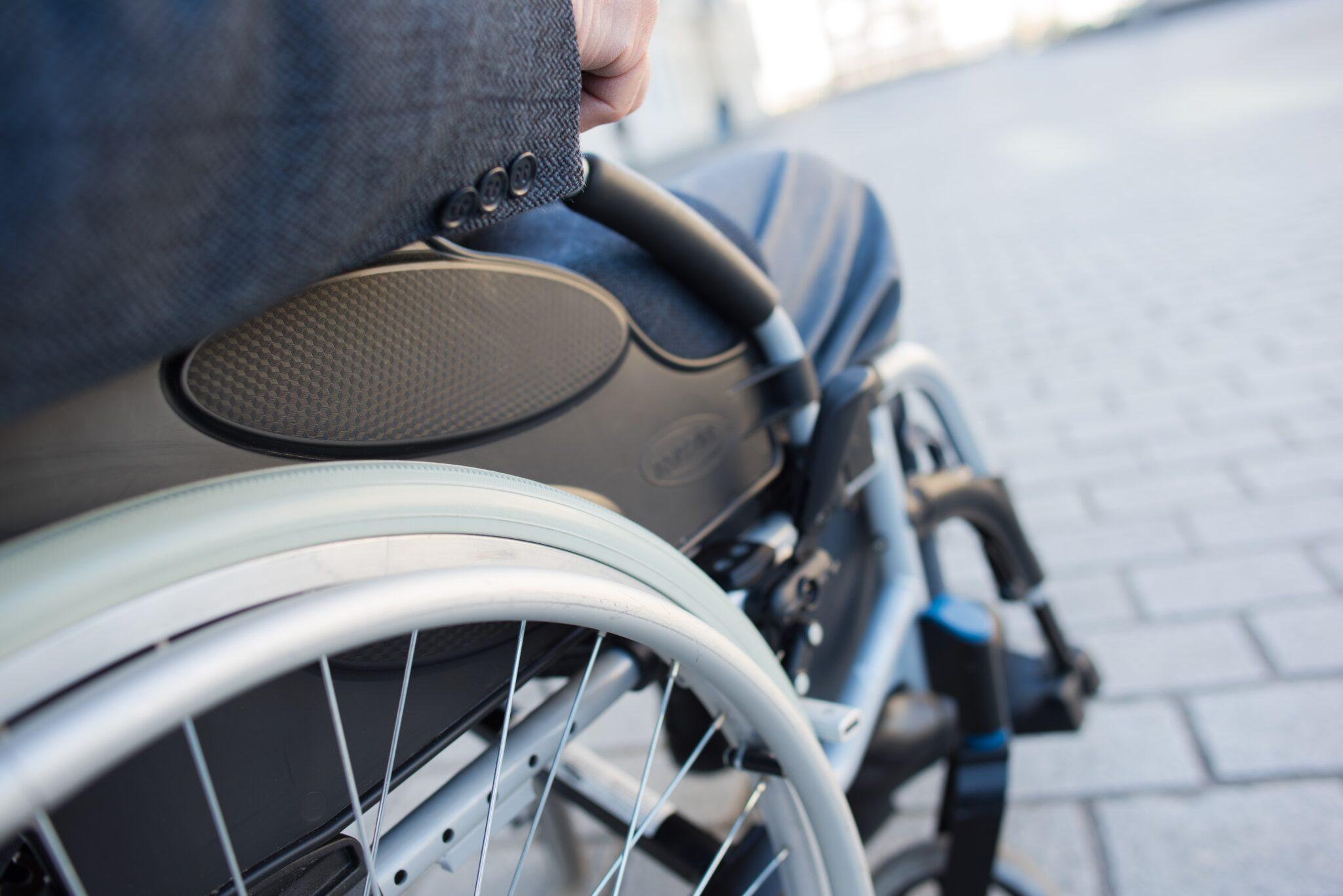 Allemagne : des usagers en fauteuil roulant énervés par les cyclistes