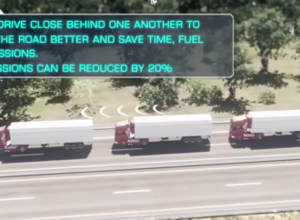 Le platooning, quand les camions circulent en peloton reliés par le wi-fi (moins de bouchons, économies de CO2, distances parcourues plus grandes)